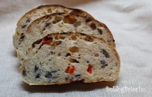 Paprikás kenyér bélzete