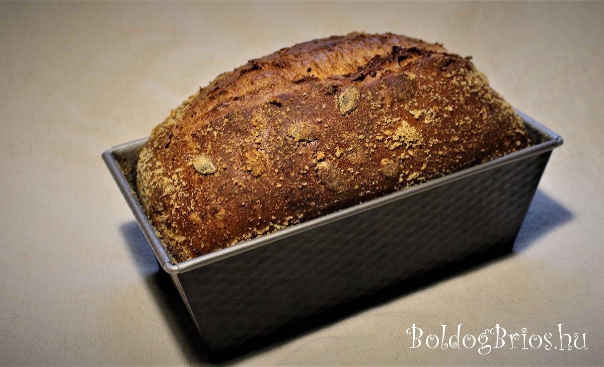 Kisült a kenyér